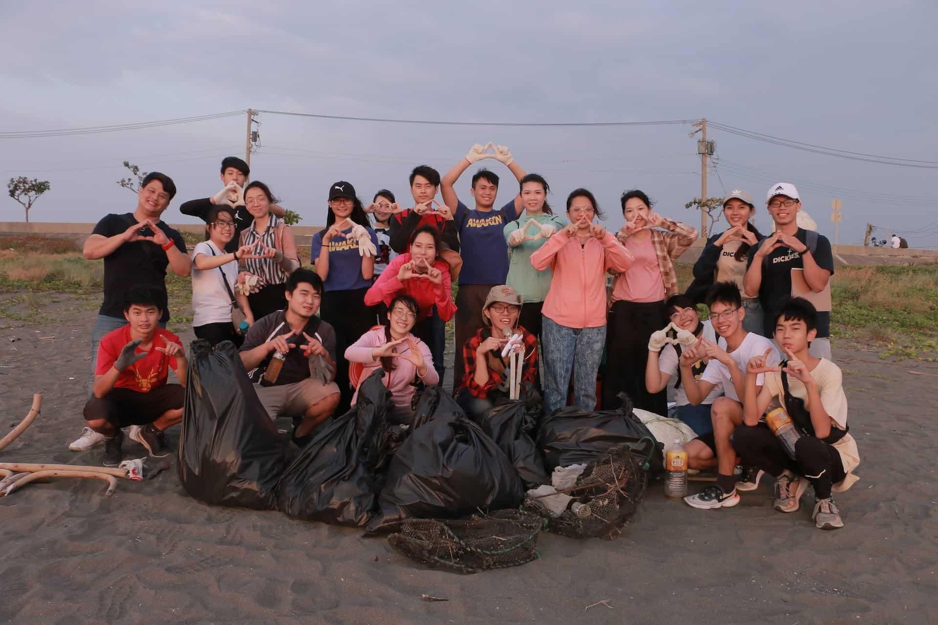 武昌學生牧區淨灘5